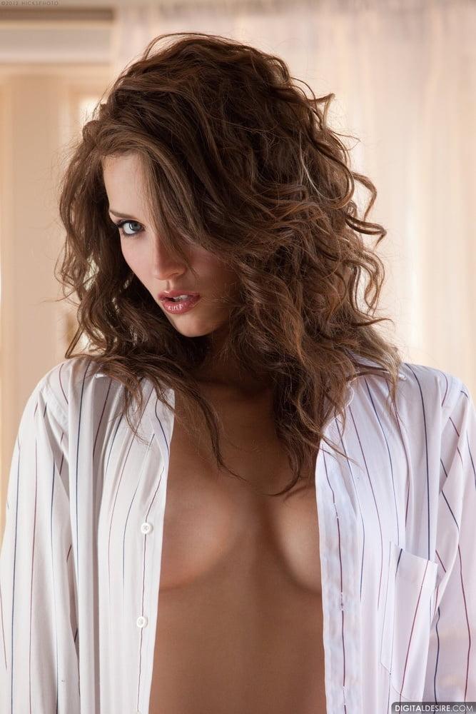 Malena Morgan: Finest Pics